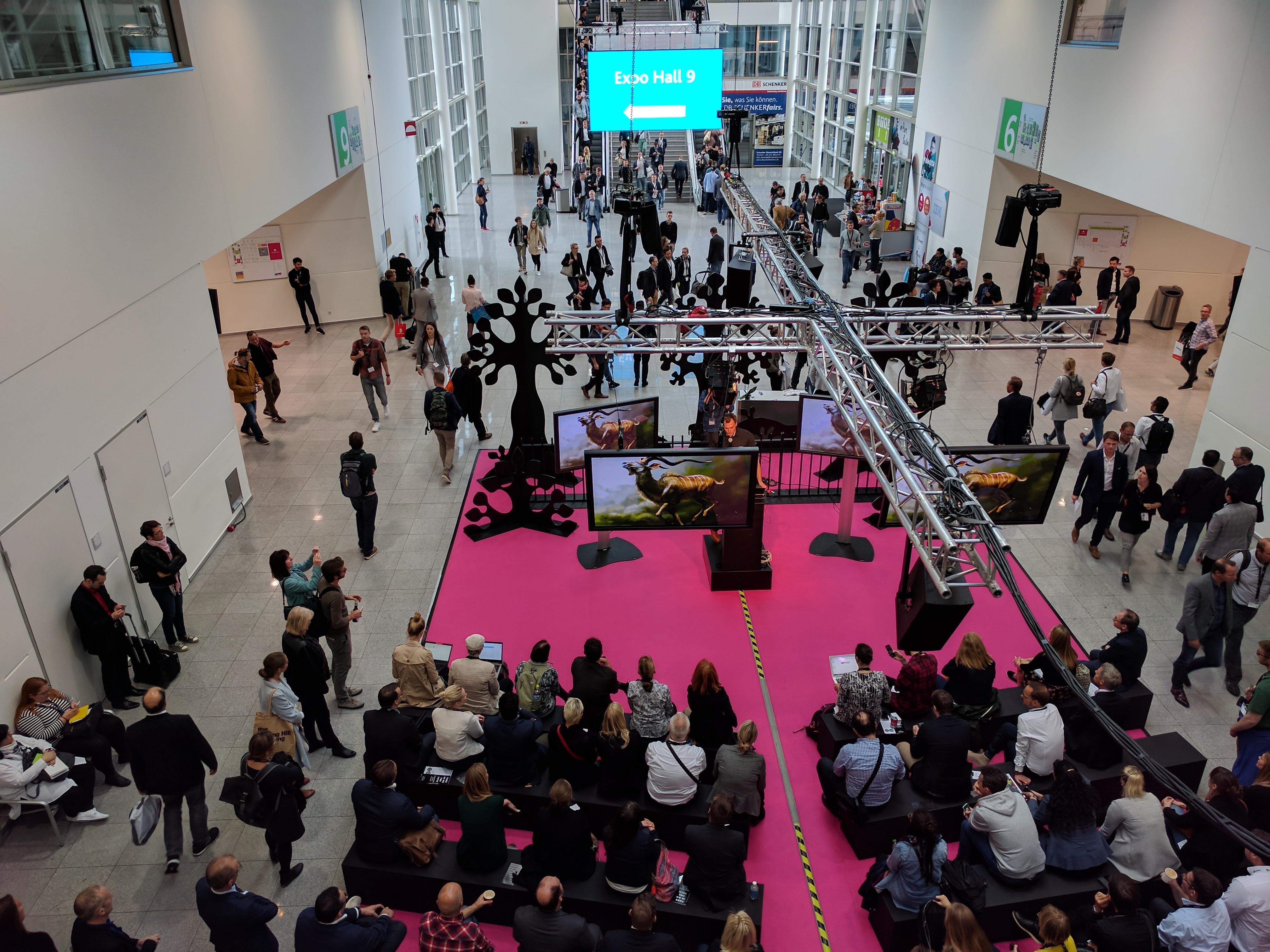 20170914 DMEXCO Speakers Forum zwischen Halle 6 und 9